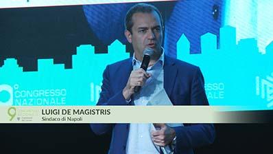 9° Congresso - De Magistris: approvato il bilancio con welfare per Napoli
